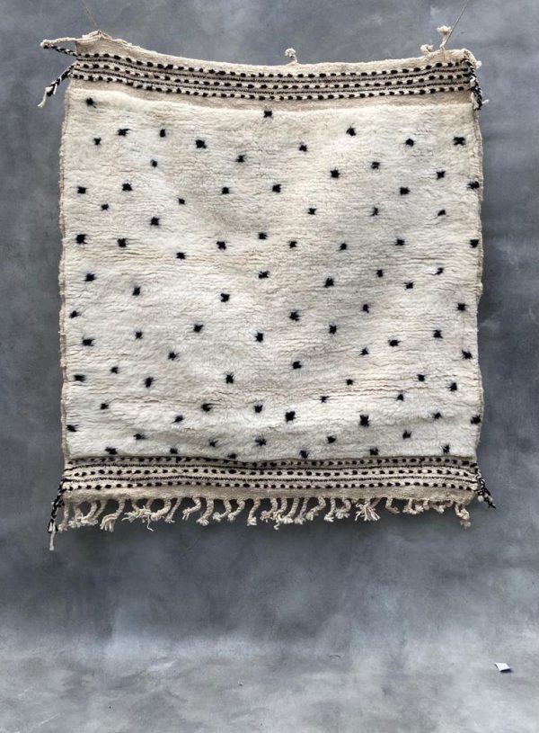 Beni-Ouarain-tapijt-146x128-3