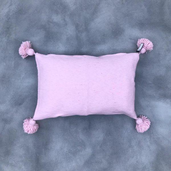 pom-pom-kussen-roze